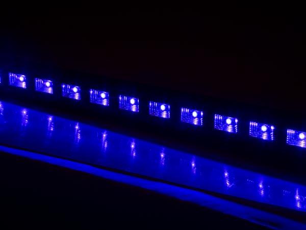 BARRA LED UV 18 X 3 W 410 NM