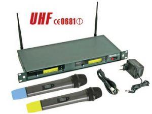DOBLE MICRÓFONO UHF TRUE DIVERSITY INALÁMBRICO 8 CANALES PANTALLA LCD