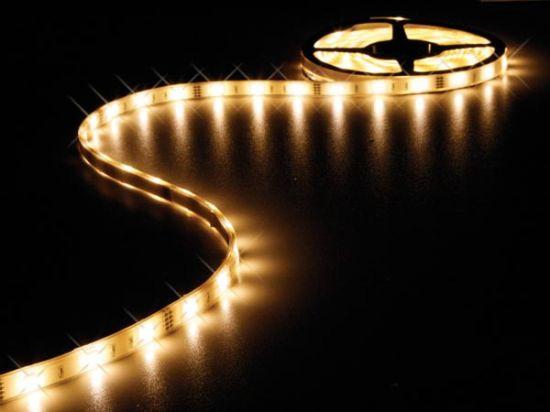 CINTA 150 LEDs FLEXIBLE RESISTENTE AL AGUA BLANCO CÁLIDO 5 METROS