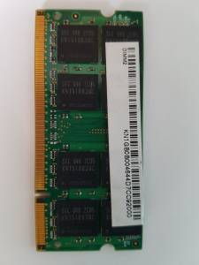 MEMORIA RAM PORTATIL 1GB PC2 4200S 12 E3 M470T2953CZ3-CD5